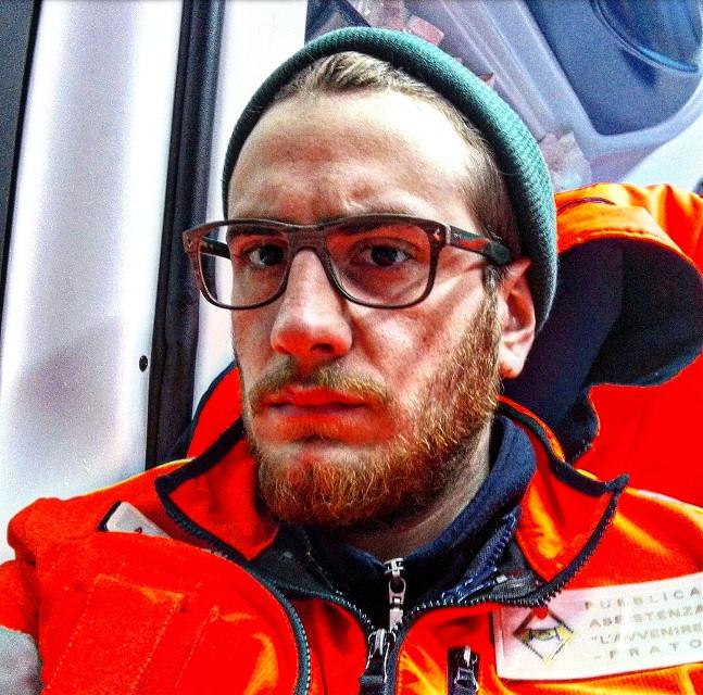 #redhair #redbeard #red #ambulance #drive #colorful #colorsplash #me #freetoedit #selfie #portrait