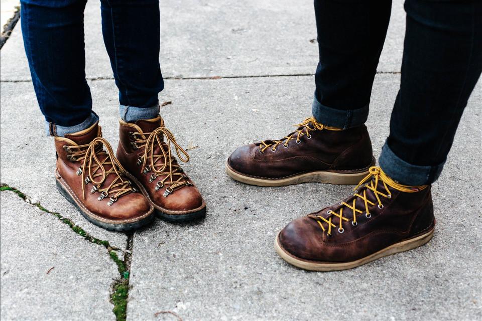 Explore the depth of your imagination. Get remixing!  Unsplash (Public Domain)   #FreeToEdit #legs #human #pose #boots #autumn #shoes #stylish